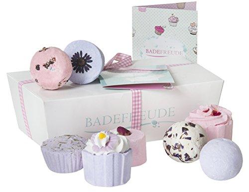 Deluxe Badebomben 8er Geschenkset Lumunu Badefreude Violetta, 8 Badesalz Badepralinen in Geschenkbox mit Karte
